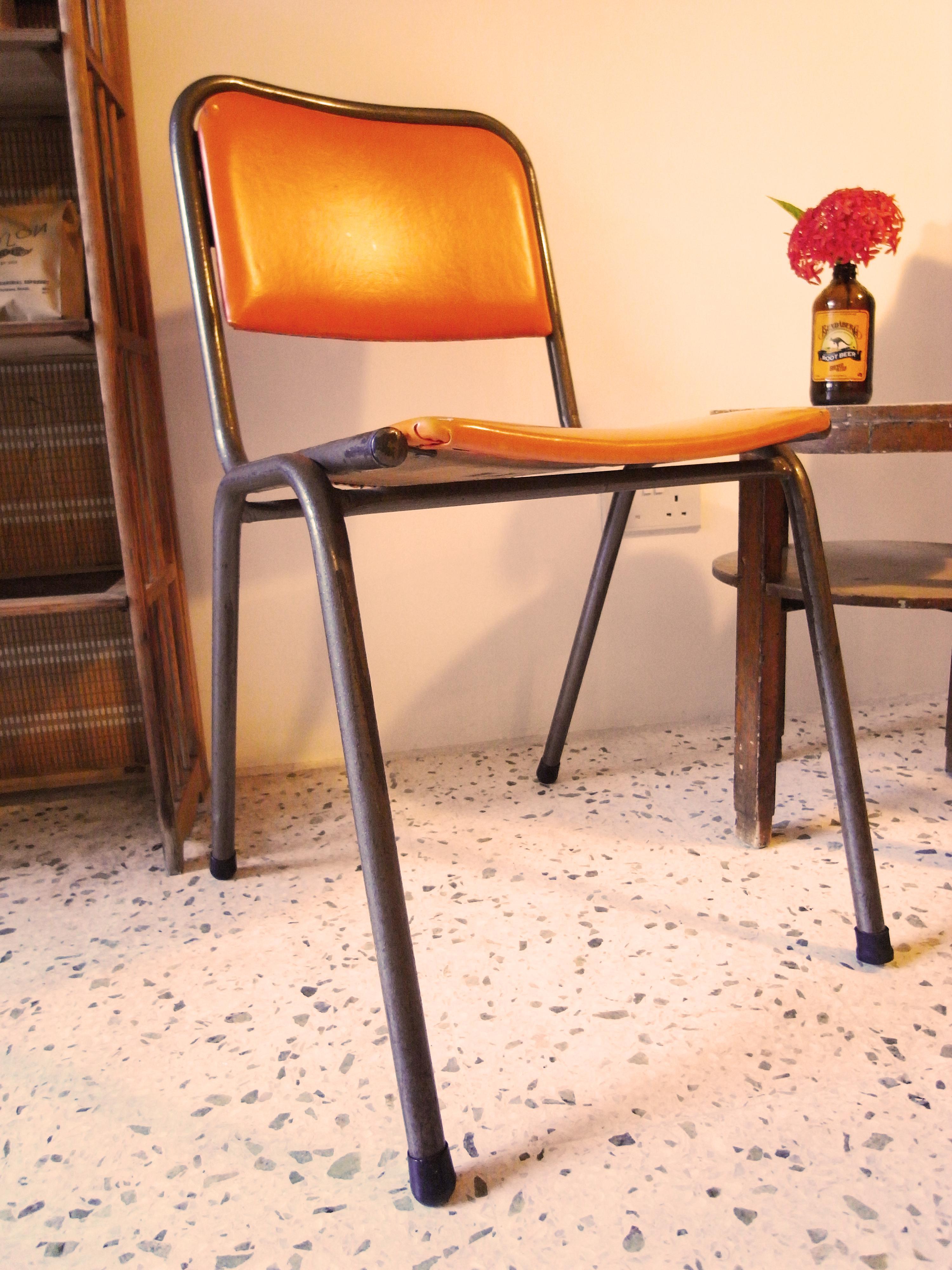 Oral pleasure chair photo 552